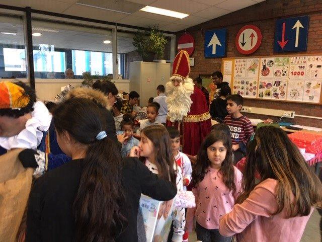 01-12-2018: Sinterklaasviering bij Stichting IBCE